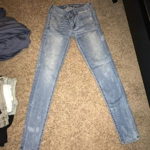 American Eagle blue jeans still in great condition